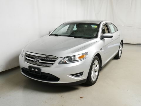 Pre-Owned 2012 Ford Taurus FWD Sedan