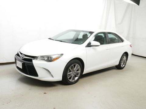 Pre-Owned 2017 Toyota Camry FWD Sedan
